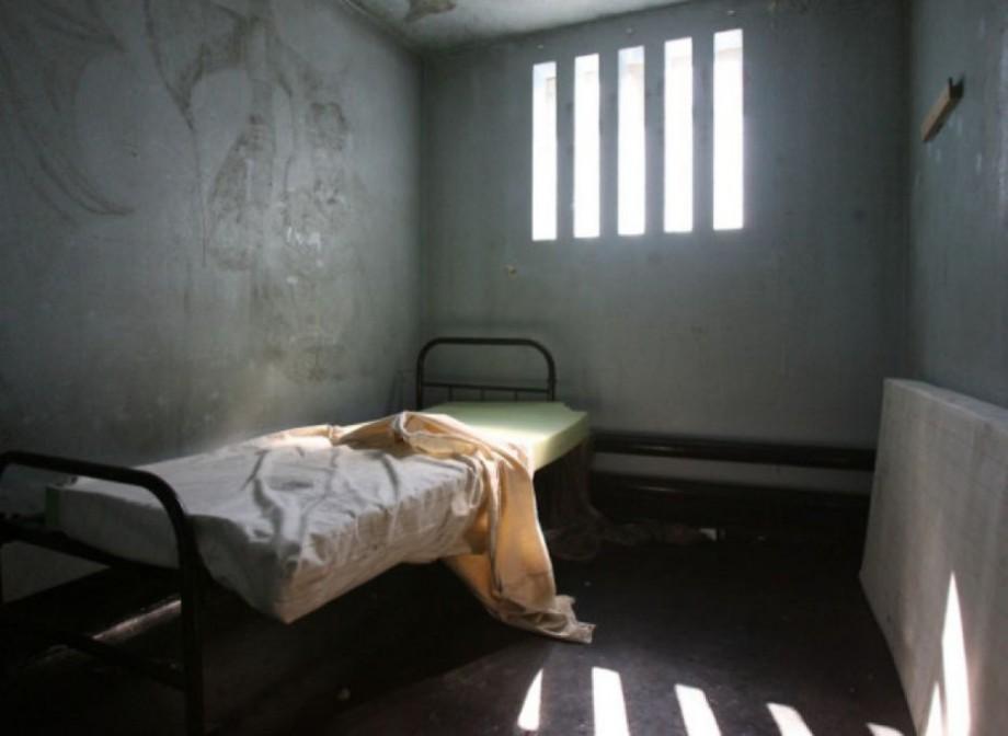 Un bărbat a fost condamnat în Moldova, iar CtEDO a obligat statul să-i achite despăgubiri pentru condiții inumane de detenție