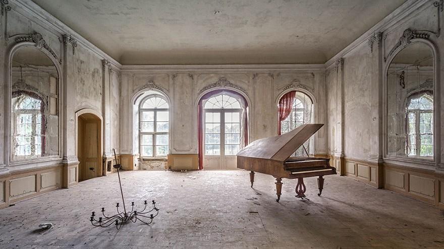 """(foto) """"Requiem for pianos"""". O combinație perfectă dintre arta fotografică și cea muzicală (Partea II)"""