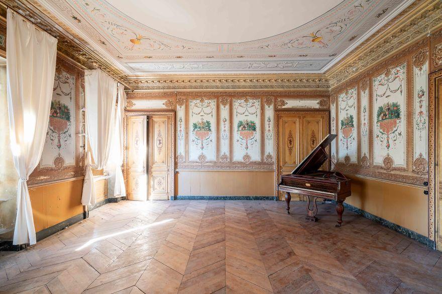 requiem-pour-pianos-74-5bbf01235eb4f__880