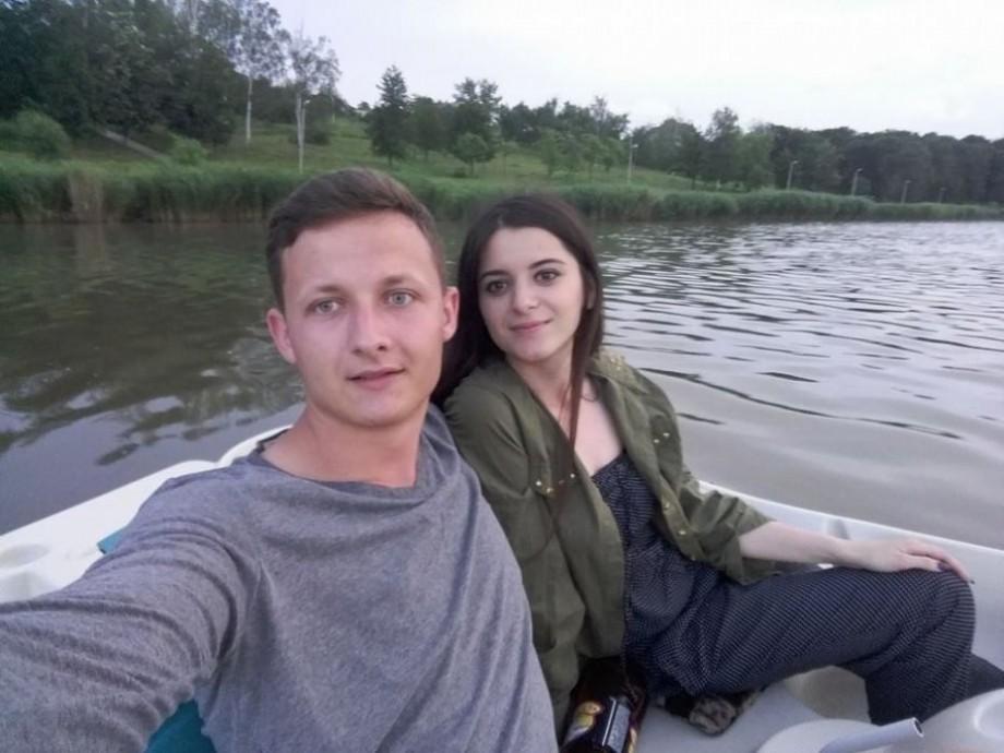 (foto) Viața de vegetarian prin ochii a doi tineri îndrăgostiți. Cunoaște-i pe Sanda și Daniel, cuplul din Chișinău care formează a patra generație de vegetarieni din familie