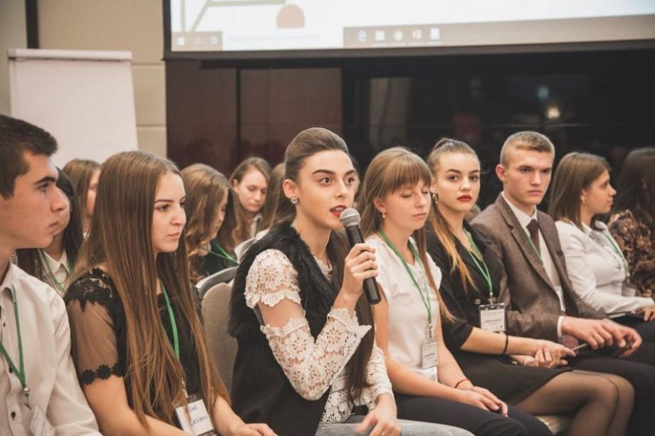 (foto) Experți și tineri din peste 30 de țări ale lumii s-au întâlnit la deschiderea Conferinței Europene în domeniul sănătății adolescenților, la Chișinău