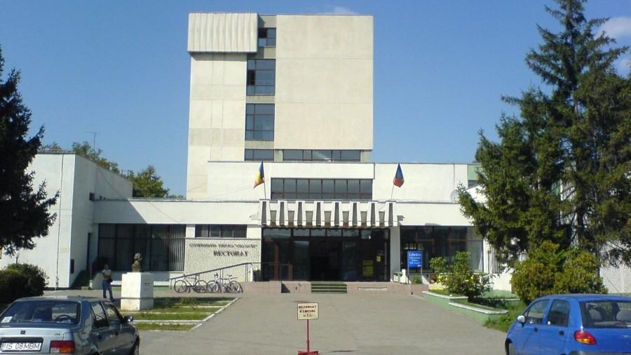 Studenții de la UTM pot câștiga o bursă de peste 2 000 de euro pentru trei luni de zile în Iași