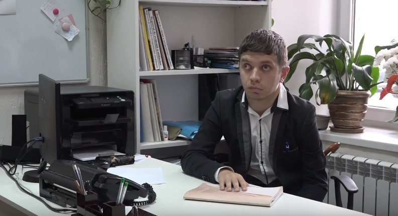 """(video) """"În umbra unui angajat"""". Tinerii cu dizabilități au avut oportunitatea să se acomodeze cu diferite posturi de muncă"""