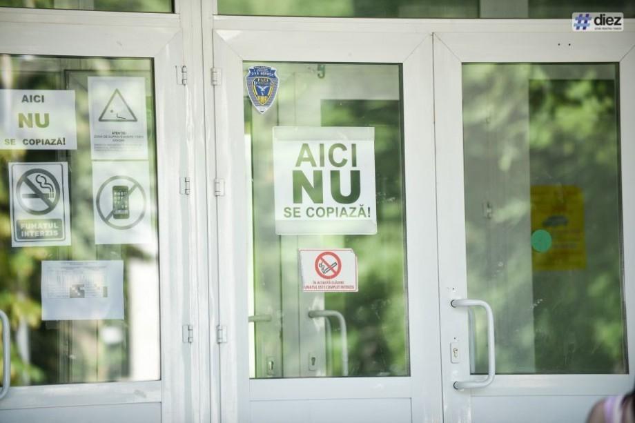 Elevii vor putea susține examenul de BAC de mai multe ori pe an. Parlamentul a aprobat modificări în Codul Educației