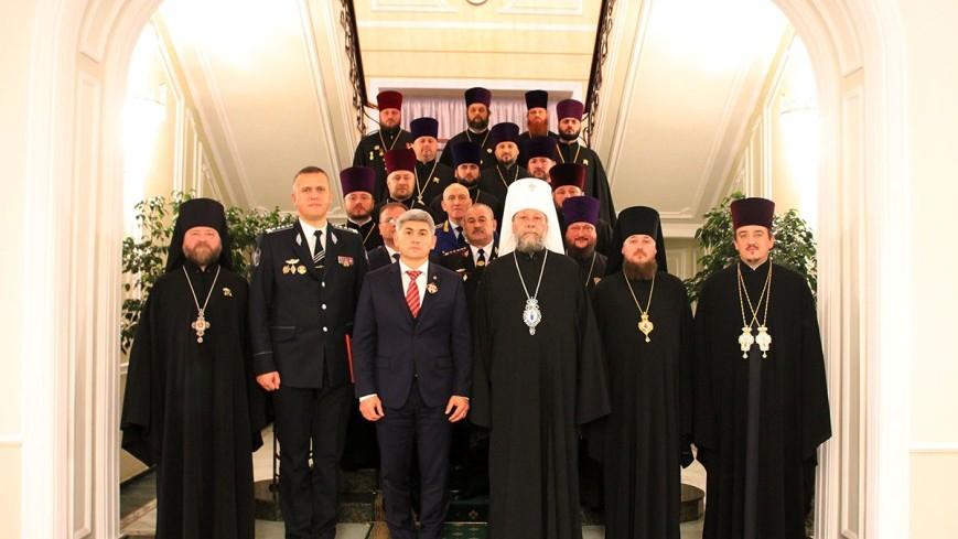 """Jizdan și Mitropolitul Vladimir au semnat un Acord de colaborare pentru """"promovarea educației spirituale a angajaților MAI"""""""