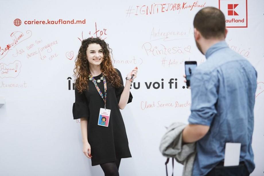 (foto) Șșșș Manager sau Hello Assistant. Experiențe neconvenționale by Kaufland la Ignite the Future, 5 joburi part-time de eveniment care au adus participanții mai aproape