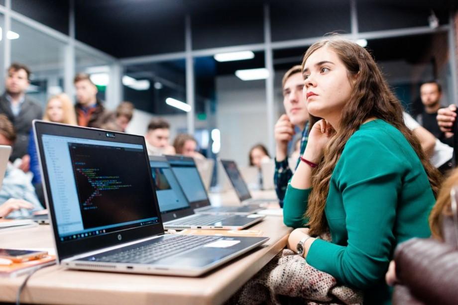 Certificări recunoscute internațional ca parte a curriculei universitare – o inițiativă pilot a industriei TIC din Moldova