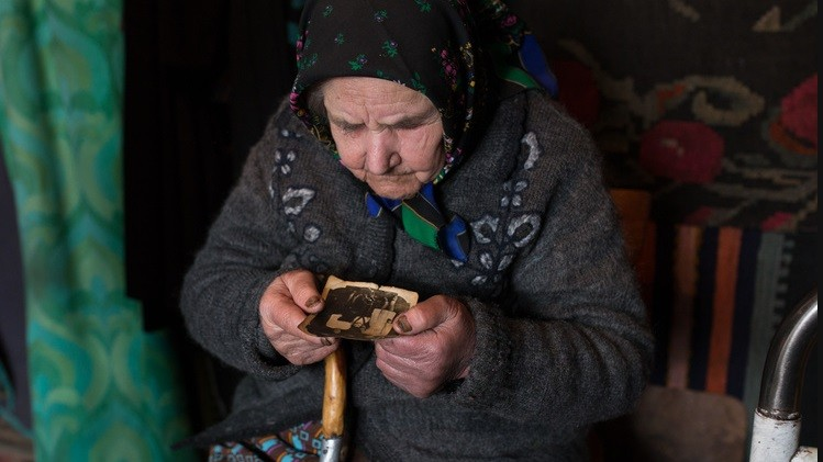 (foto) Un fotoreporter spaniol a fost premiat datorită lucrărilor realizate în satele din Moldova