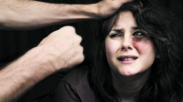 Nu tolera violența în familie. Recomandări pentru a salva viața ta și a copiilor tăi