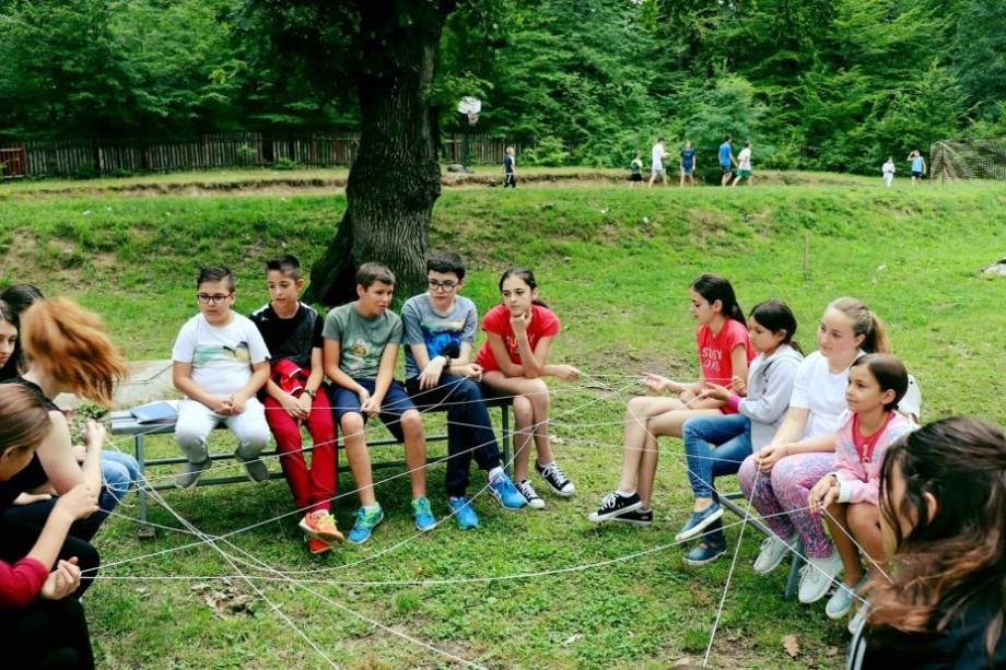 """Copiii din diasporă sunt îndemnați să participe la concursul """"Moldova sunt EU"""". Care sunt condițiile de participare"""