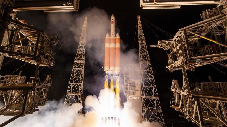 Moment istoric pentru NASA. Sonda Parker s-a apropiat cel mai mult de Soare și urmează să exploreze corpul ceresc
