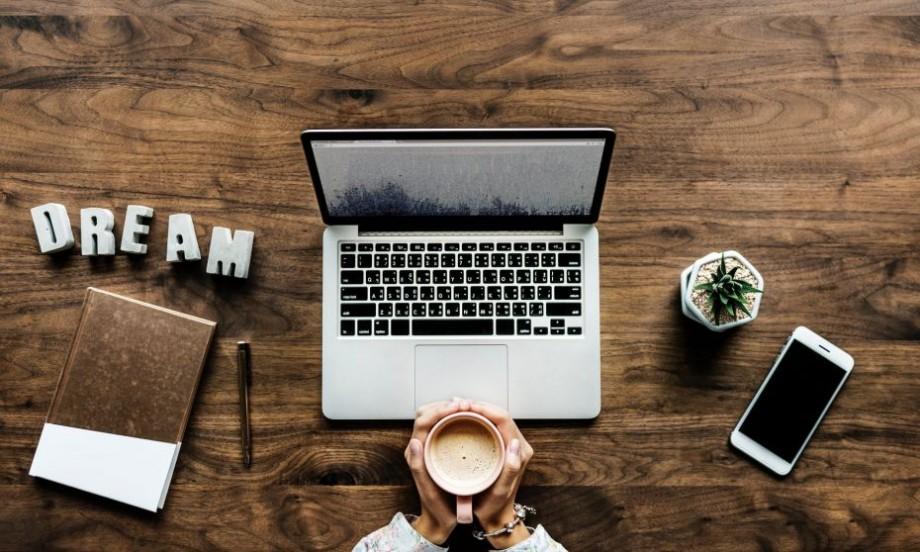 7 cursuri online interesante pe care le poți urma în luna noiembrie pe Coursera