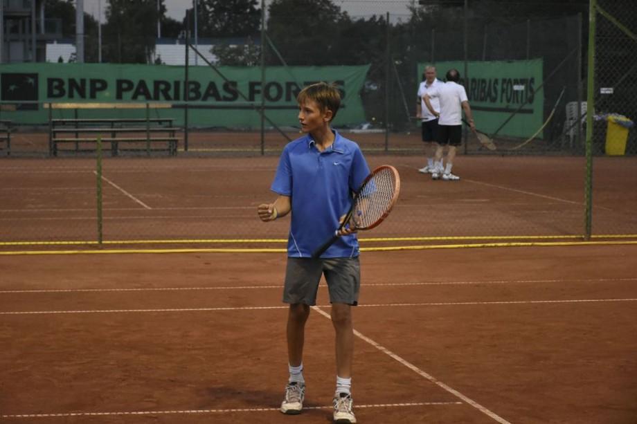 """Tânărul sportiv moldovean, Ilie Snițari, a ocupat locul doi la turneul român """"Cupa ATH"""""""