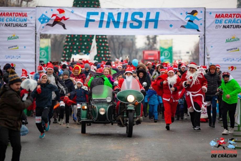 (foto) Au alergat în scop caritabil. Cum s-a desfășurat Maratonul de Crăciun 2018