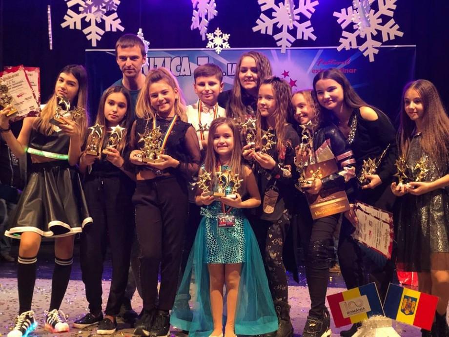 (foto) Elevii centrului de dans și vocal SIS N BRO au venit acasă cu locuri de frunte de la un festival din România