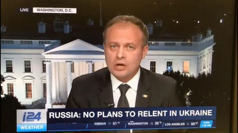 """(video) """"Hackerii ruși atacă aproape zilnic instituțiile de stat"""". Andrian Candu a oferit un interviu unui post de televiziune american"""