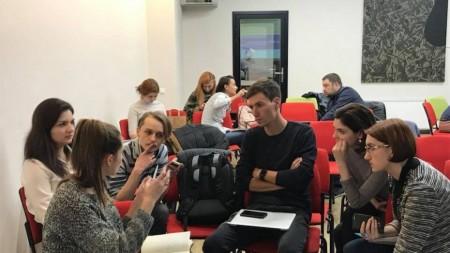 Cine are mentor, are patru ochi. Vino la lansarea primei comunități de mentorat din Moldova