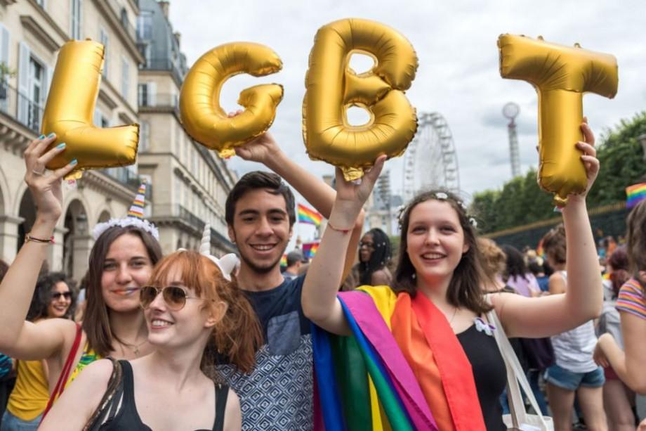 Activiștii pentru drepturile persoanelor LGBTQ+ se pot înscrie la un workshop, unde vor învăța să producă filme documentare despre viața acestora
