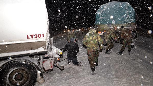 Armata Naţională este pregătită să acţioneze în zonele afectate de ninsori