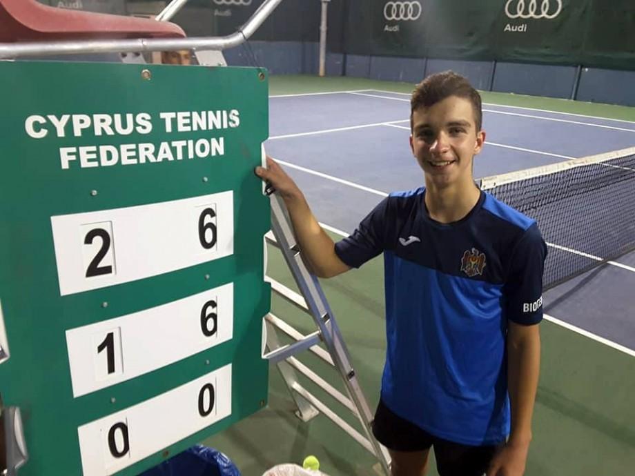 """Sportivii moldoveni, Mihail Brovinschi și Daria Gorșunova, s-au calificat în sferturile turneului Tennis Europe """"Cyprus Tennis Federation"""""""
