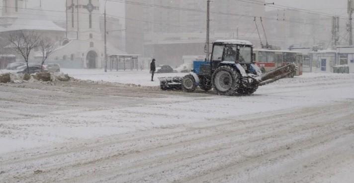 (foto) Cum se circulă acum în Chișinău. În ce zone s-au format blocaje din cauza accidentelor
