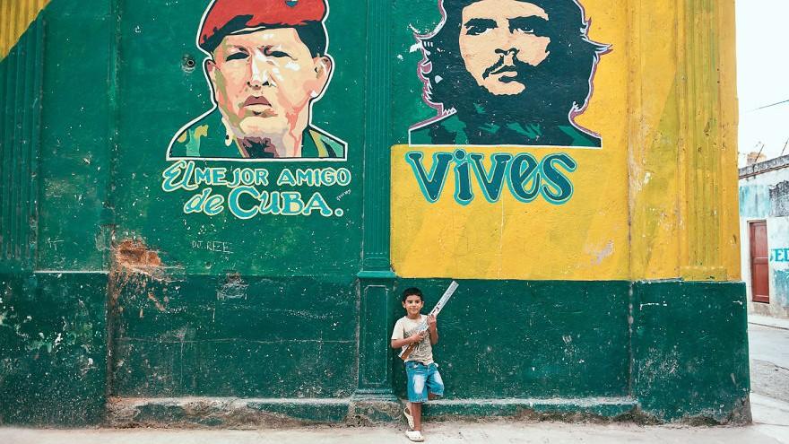 (foto) Cuba în culori. Tânăra fotografă, Helene Havard, a realizat mai multe fotografii de pe străzile din Havana