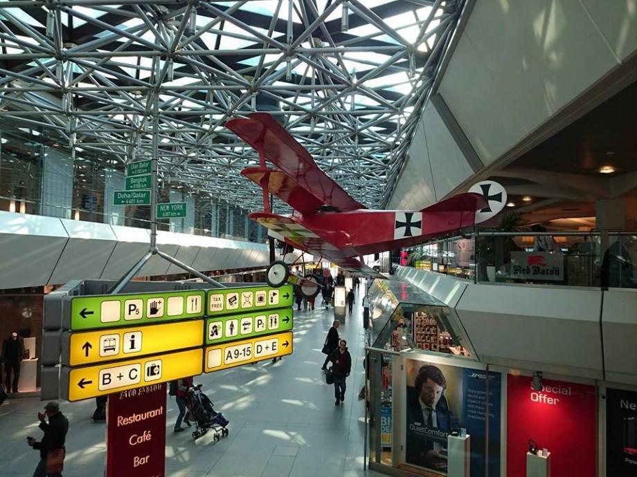 Mai multe zboruri din Berlin întârzie sau sunt anulate. Aeroporturile sunt blocate de o grevă a personalului