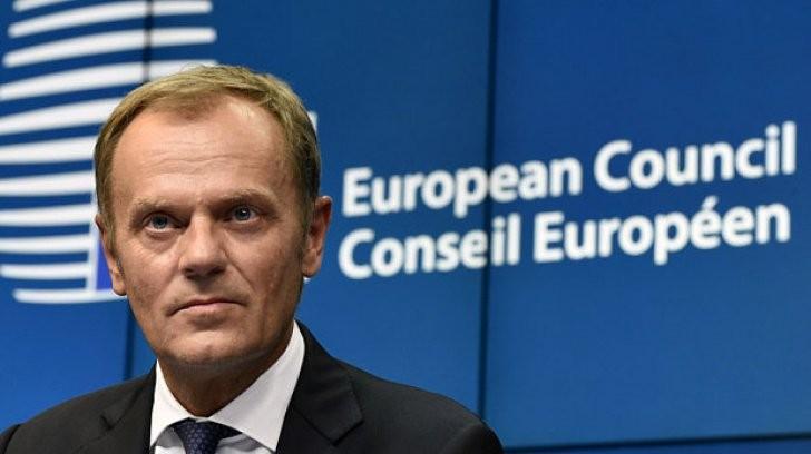 """(video) """"Sunt mândru că voi conduce împreună cu dvs. afacerile europene"""". Președintele Consiliului UE, Donald Tusk, a susținut un discurs în limba română"""