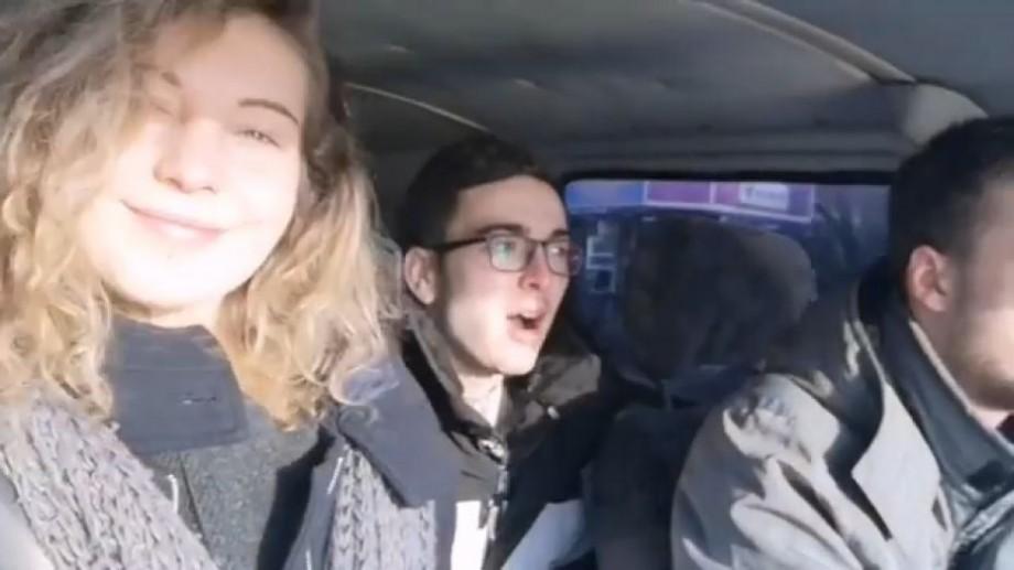 """(video) """"A gustat pentru prima dată harbuz murat și vinul din beci"""". Experiența de vizită a unei tinere din Lituania în Moldova"""