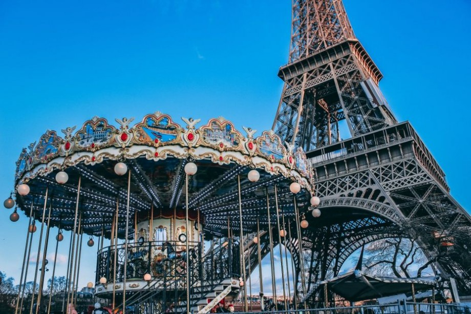 Participă gratuit la o conferință științifică la Paris și află totul despre criptomonede. Mai multe detalii despre eveniment