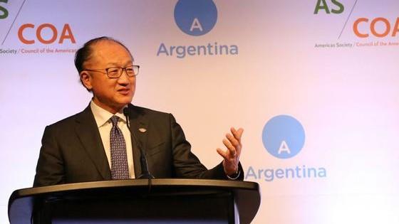 Jim Yong Kim a demisionat din funcţia de preşedinte al Băncii Mondiale