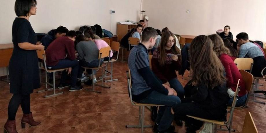 Informat, deci protejat! Ce au învățat elevii din orașul Șoldănești la trainingul de educație media