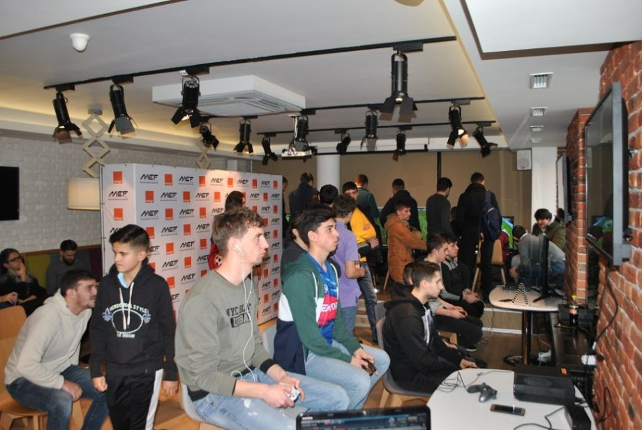 (foto) Rezultatele Ligii Naționale Orange la sporturile electronice. Cine sunt câștigătorii