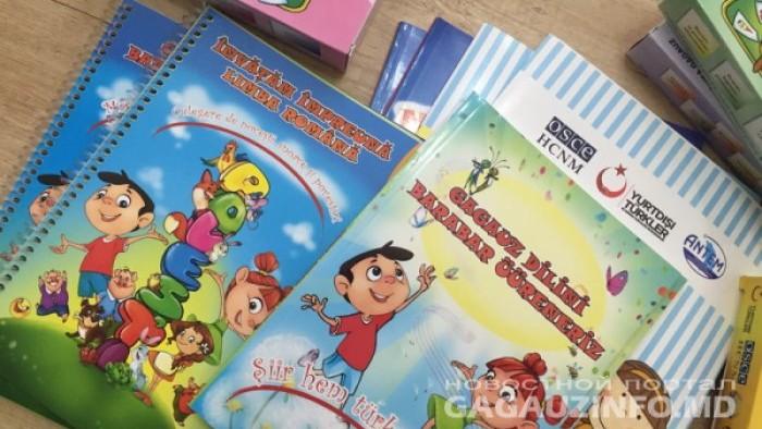 Copiii din UTA Găgăuzia vor fi asigurați cu manuale pentru studierea limbii române