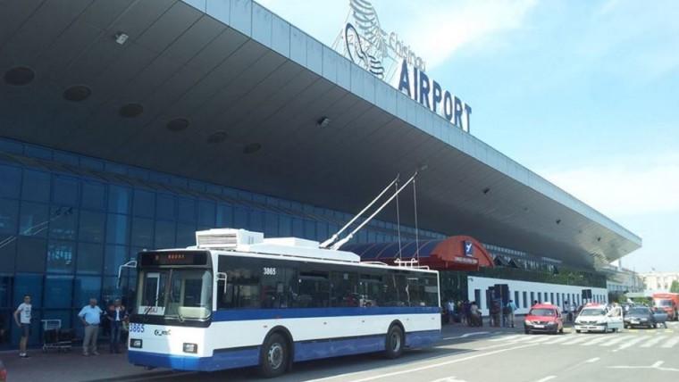 Un canal de pe Telegram îți arată în timp real unde se află troleibuzul care duce spre aeroport și în cât timp ajunge la stație