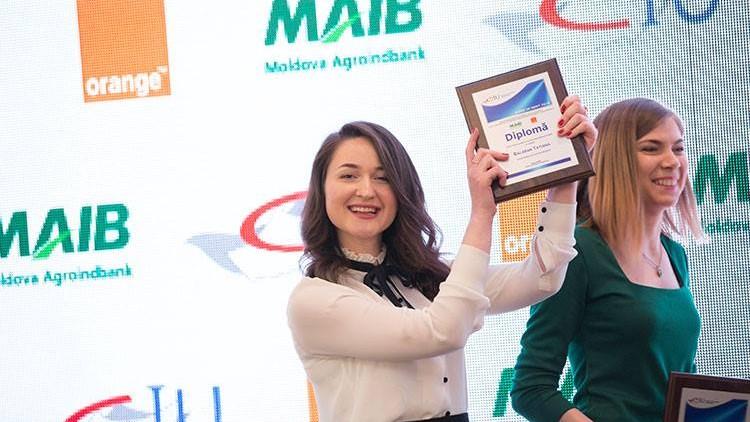 """(doc) Cine sunt 50 cei mai buni studenți din Moldova care au obținut """"Bursa de merit 2018"""", în valoare de 12 mii de lei"""