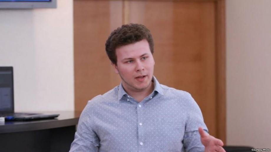 Cu studii la Cambridge și cu venit de 380.000 de lei. Cine este Dan Perciun, cel mai tânăr candidat, care a câștigat pe circumscripția uninominală