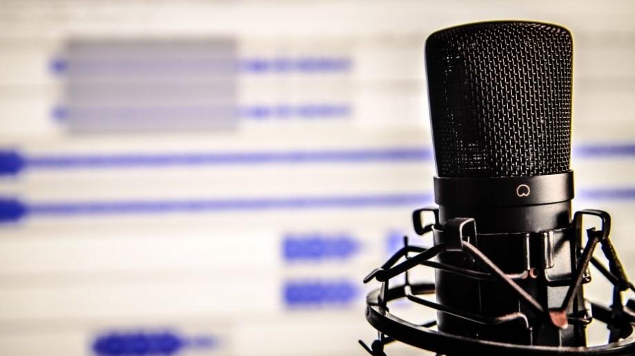 """(podcast) Cine candidează în nordul țării? Aflați în cea a doua ediție cine mai vrea """"Bilet în Parlament"""""""