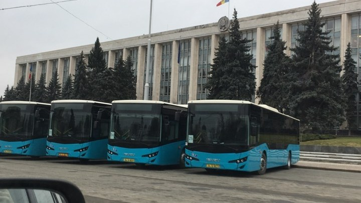 Autobuzele din PMAN sunt doar pentru expoziție. Acestea vor fi expuse până la alegerile parlamentare