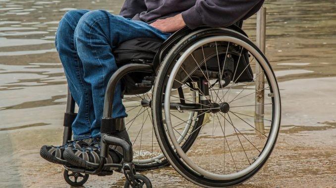 Persoanele cu dizabilități își vor putea repara cărucioarele într-un centru specializat. Unde se află acesta