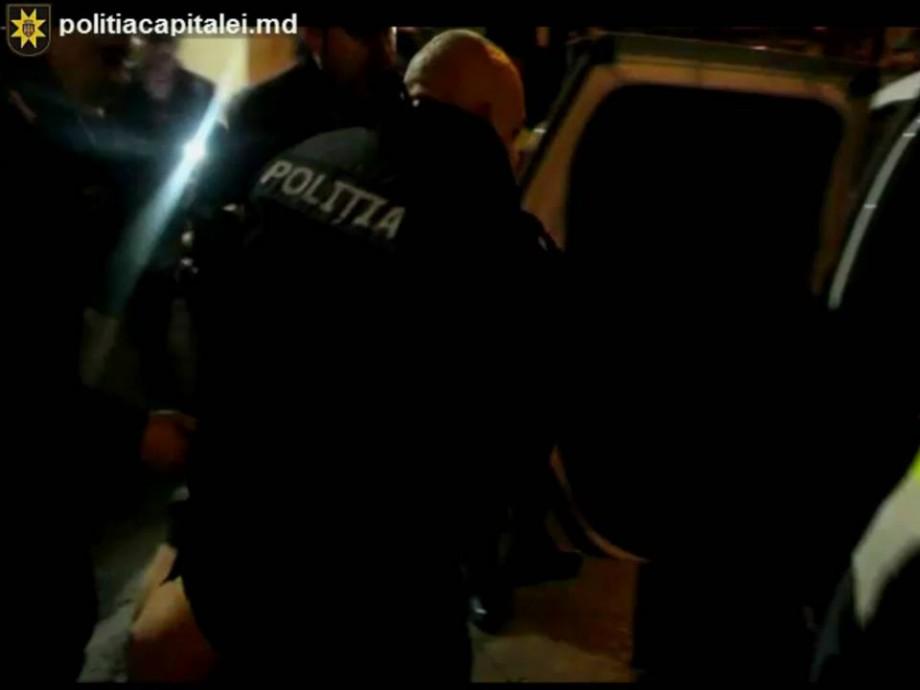 Un bărbat a amenințat polițiștii cu moartea. Ce pedeapsă riscă acesta