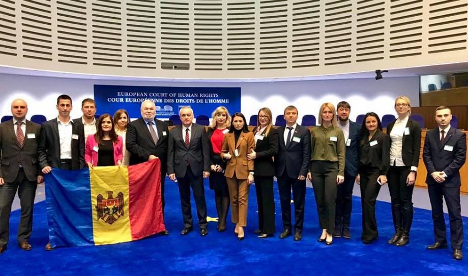 Institutul European de Studii Politice din Moldova selectează audienţi la programul de activități din anul 2019