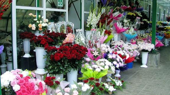 Chișinăuienii au cheltuit două milioane de lei pentru flori de ziua îndrăgostiților