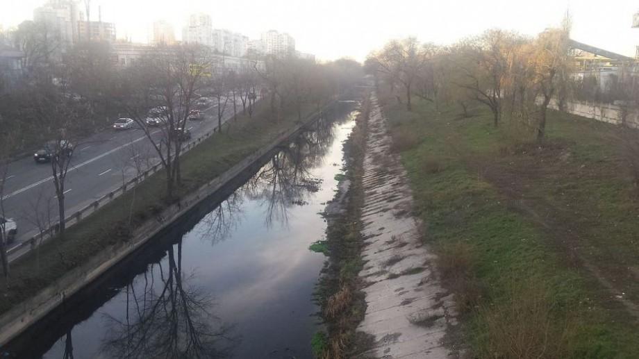 Primăria Chișinău invită cetățenii să participe la o acțiune de salubrizare a albiei râului Bâc