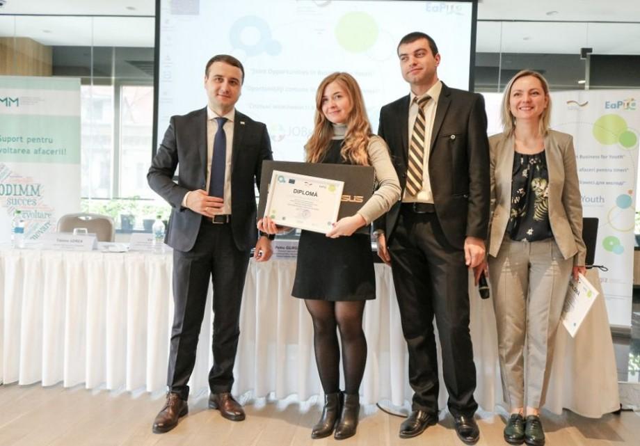 """15 tineri din Moldova au fost premiați pentru cele mai bune planuri de afaceri în cadrul proiectului """"Joint Opportunities in Business for Youth"""""""