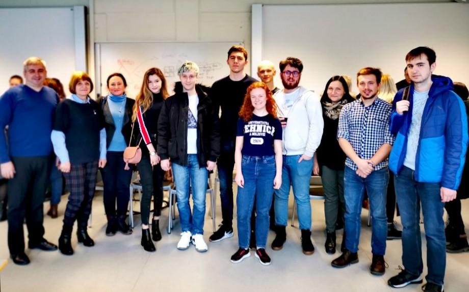 (foto) Studenții moldoveni povestesc despre bursele de mobilitate, obținute prin proiectul PBLMD
