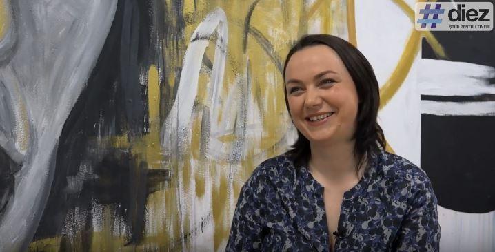 (video) Ana Trifan vorbește #FărăTolk. Cu cine dintre vedete ar ieși la o cină romantică și pe ce a cheltuit primul salariu