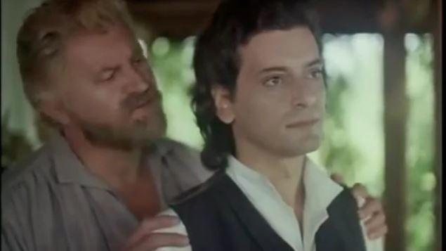 (video) Un film din perioada comunistă care sugerează că Eminescu și Creangă aveau o relație homosexuală