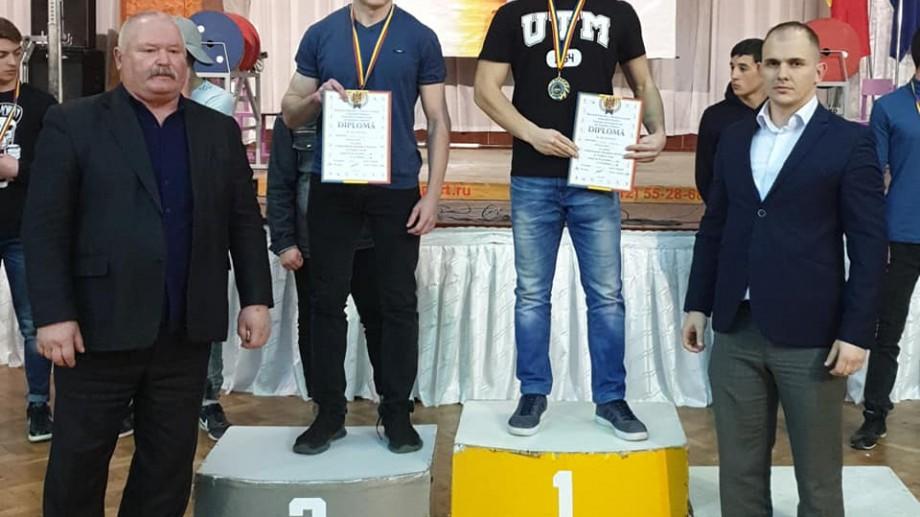Studentul Dumitru Calmîc de la UTM s-a clasat pe primul loc la Campionatul Moldovei la Powerlifting 2019