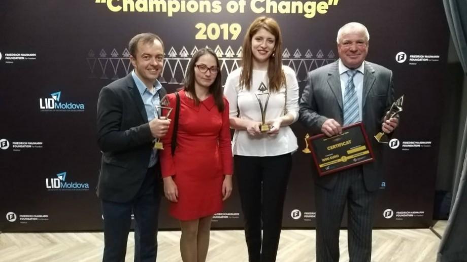 """(foto) Cei mai importanți promotori ai schimbării în Moldova. """"Champion of Change"""" și-a desemnat învingătorii"""